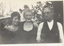 Natalle, Grace, Elmore Broderick